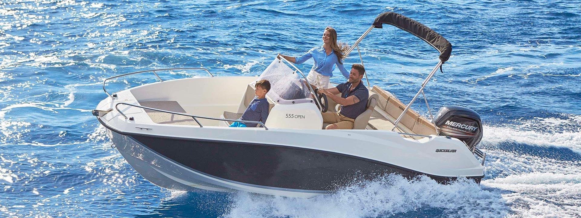 mayer-charter-boat-header-quicksilver-activ-555-open-01