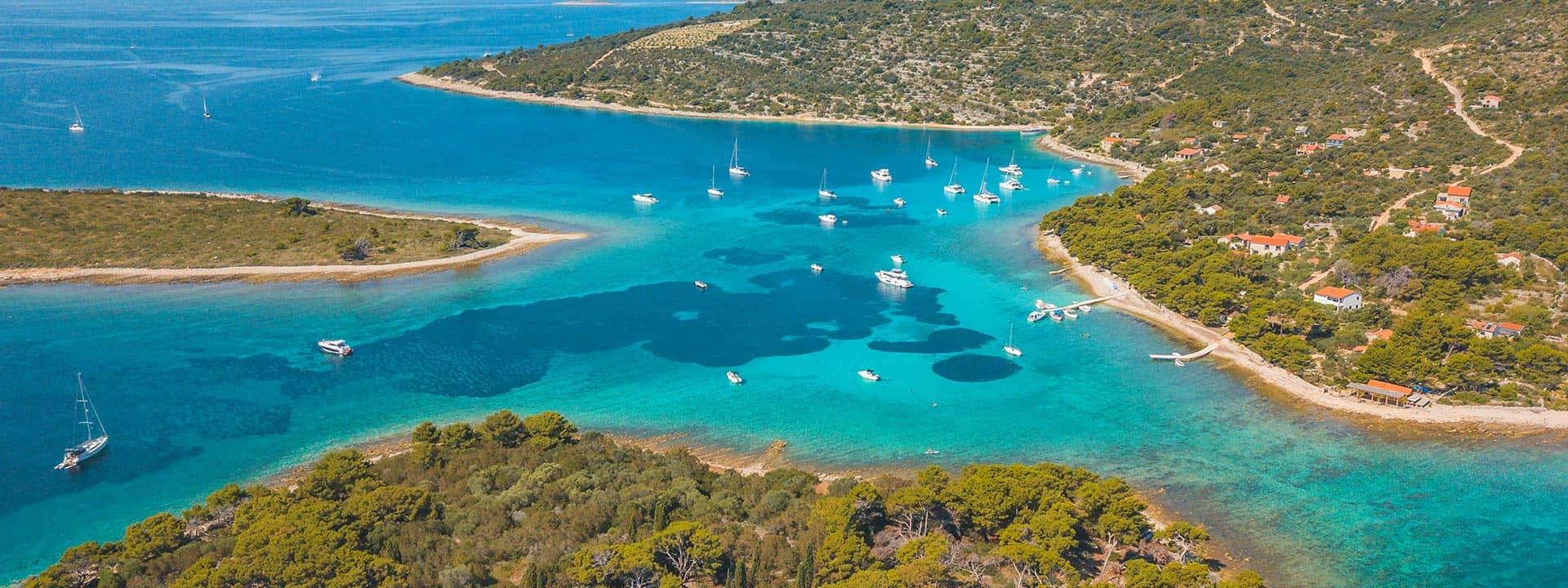 mayer-charter-tour-header-blue-lagoon-01