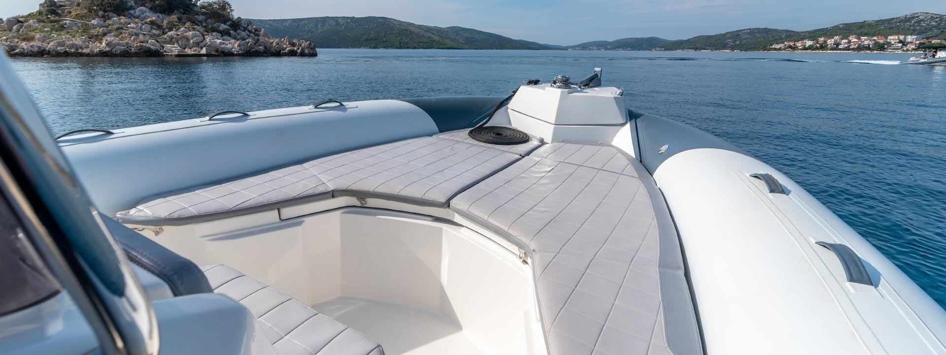 mayer-charter-boat-header-jeanneau-marlin-790-03