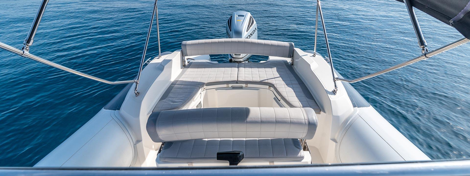 mayer-charter-boat-header-jeanneau-marlin-790-04