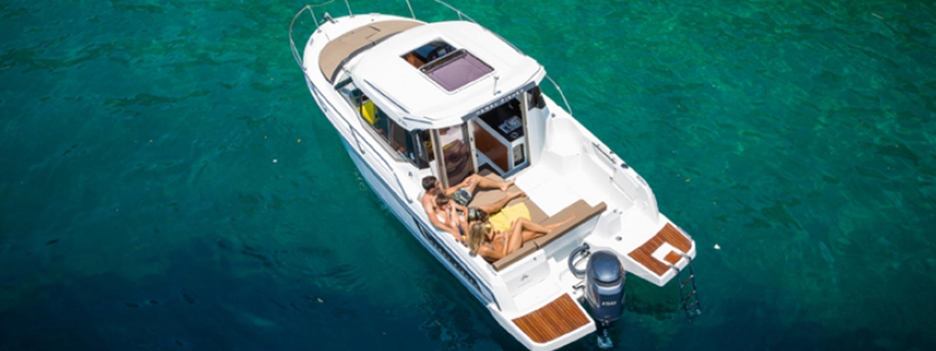 mayer-charter-boat-header-jeanneau-merry-fisher-795-08