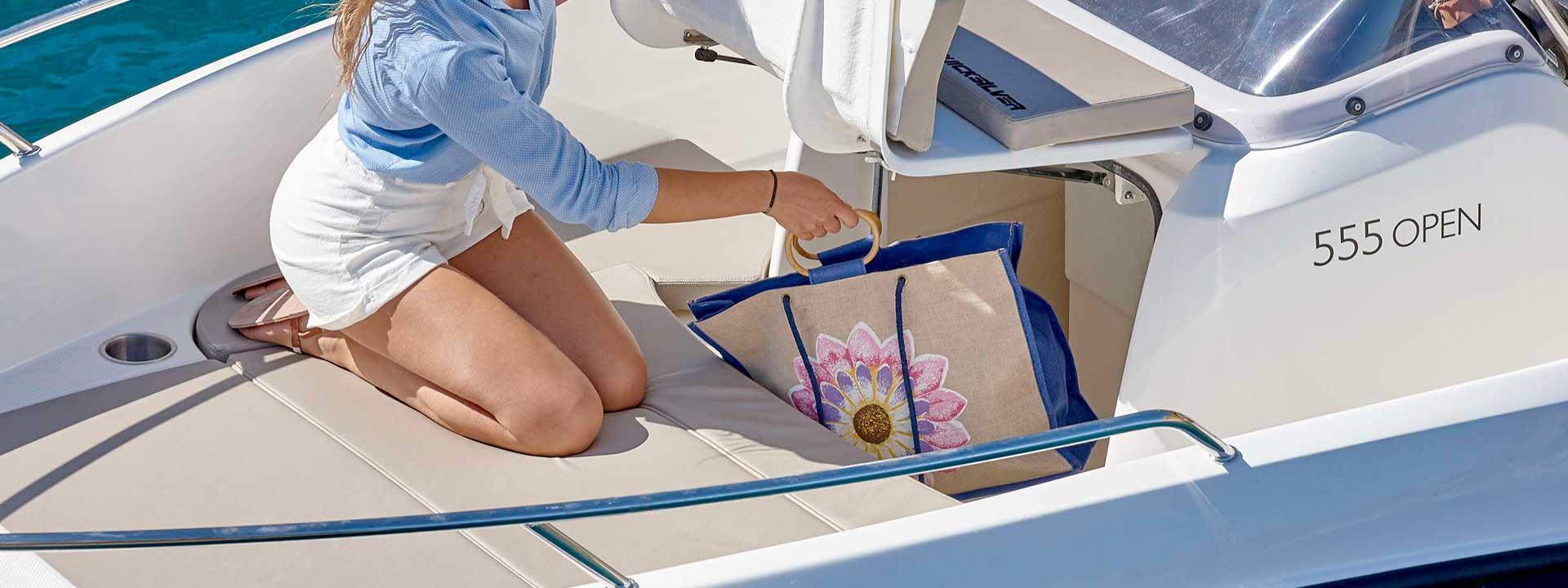 mayer-charter-boat-header-quicksilver-activ-555-open-05
