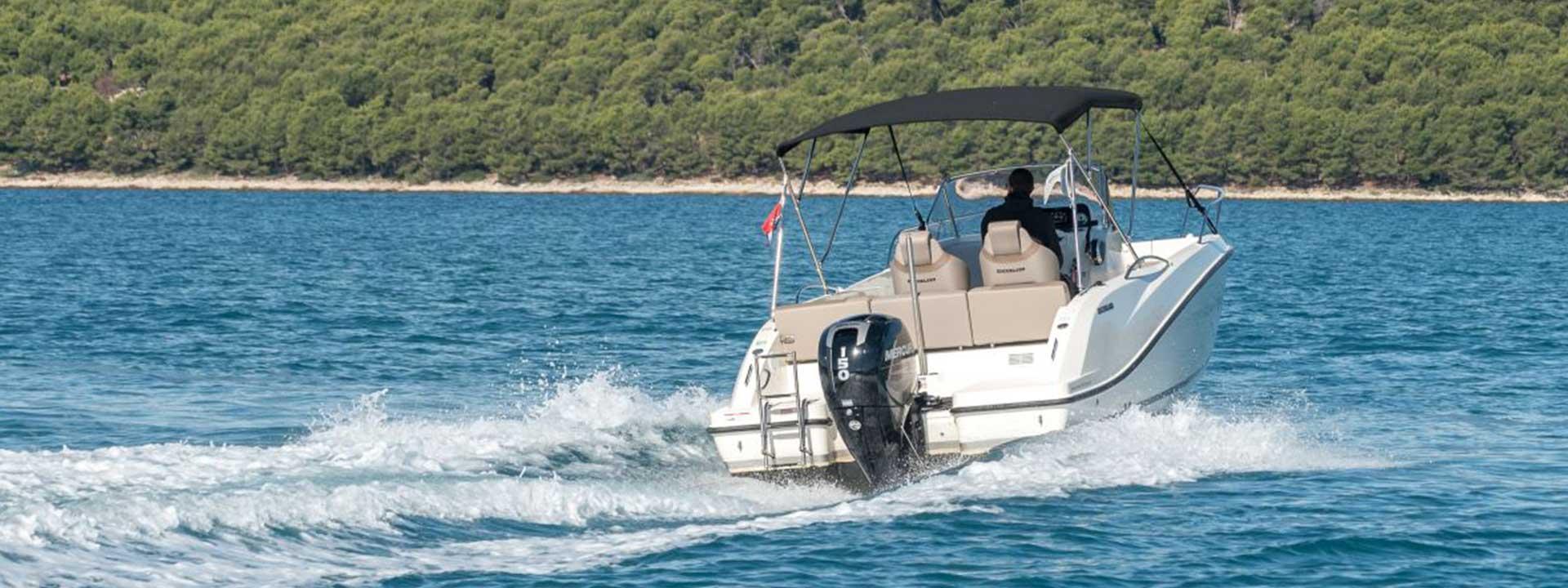 mayer-charter-boat-header-quicksilver-activ-675-open-02