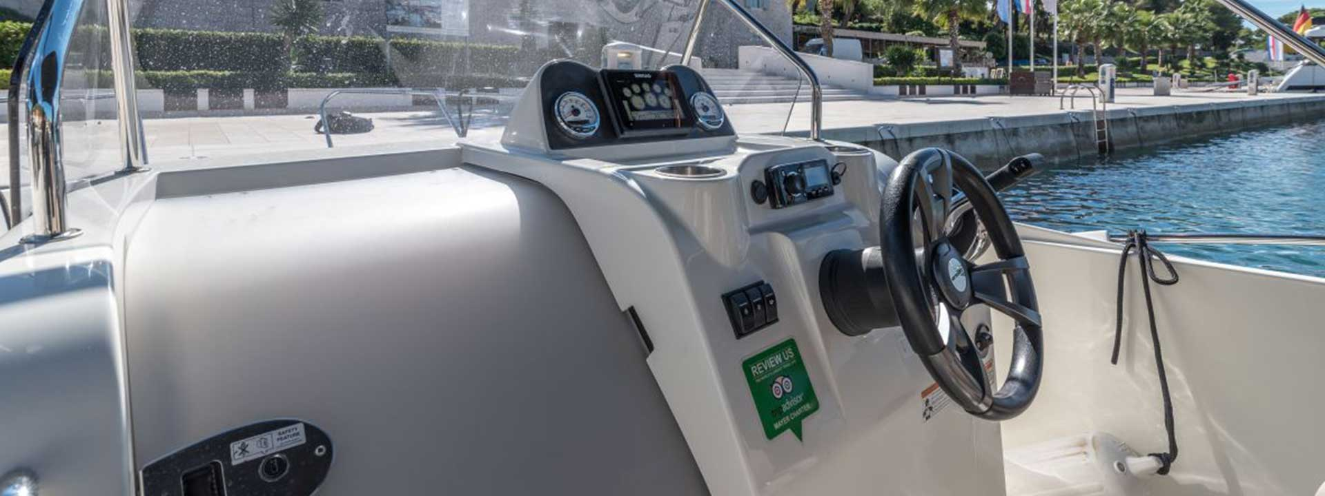 mayer-charter-boat-header-quicksilver-activ-675-open-04