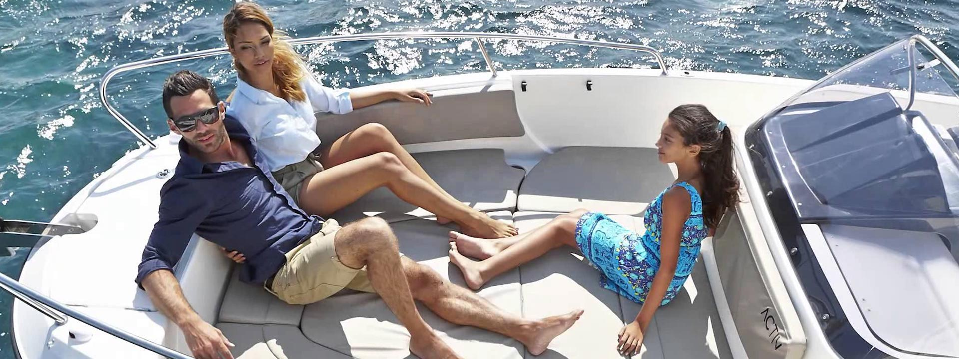 mayer-charter-boat-header-quicksilver-activ-755-open-02