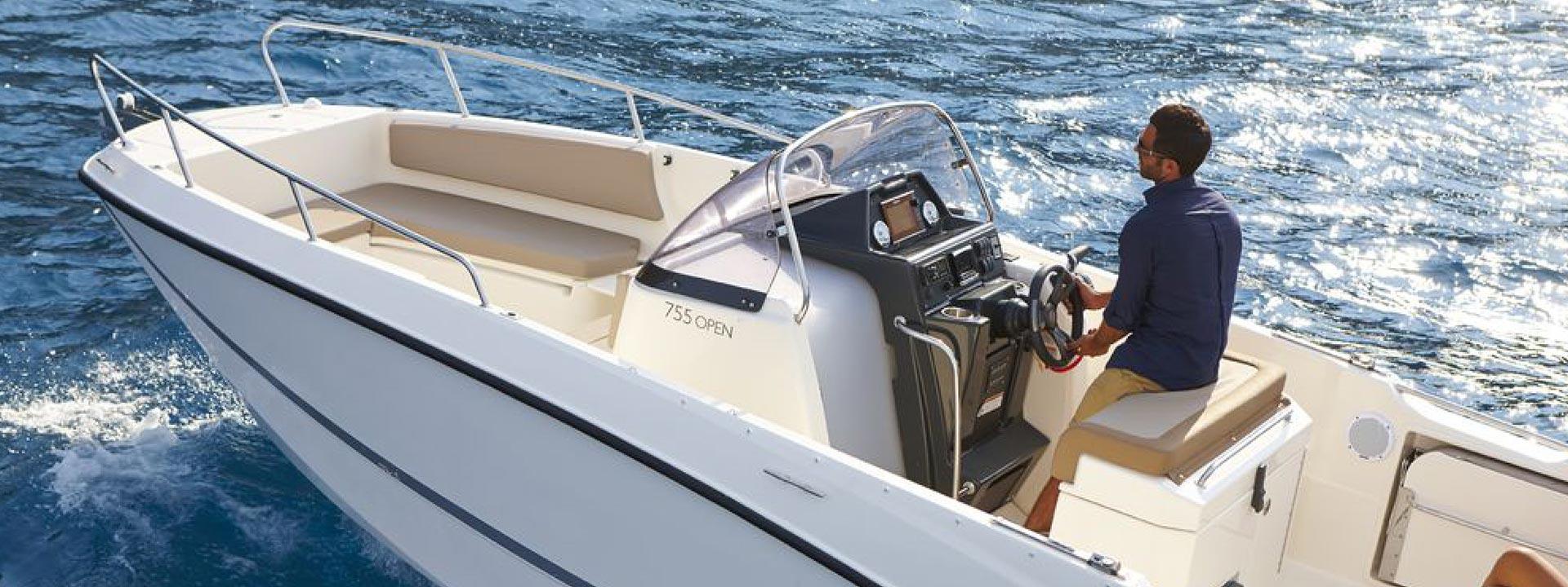 mayer-charter-boat-header-quicksilver-activ-755-open-04