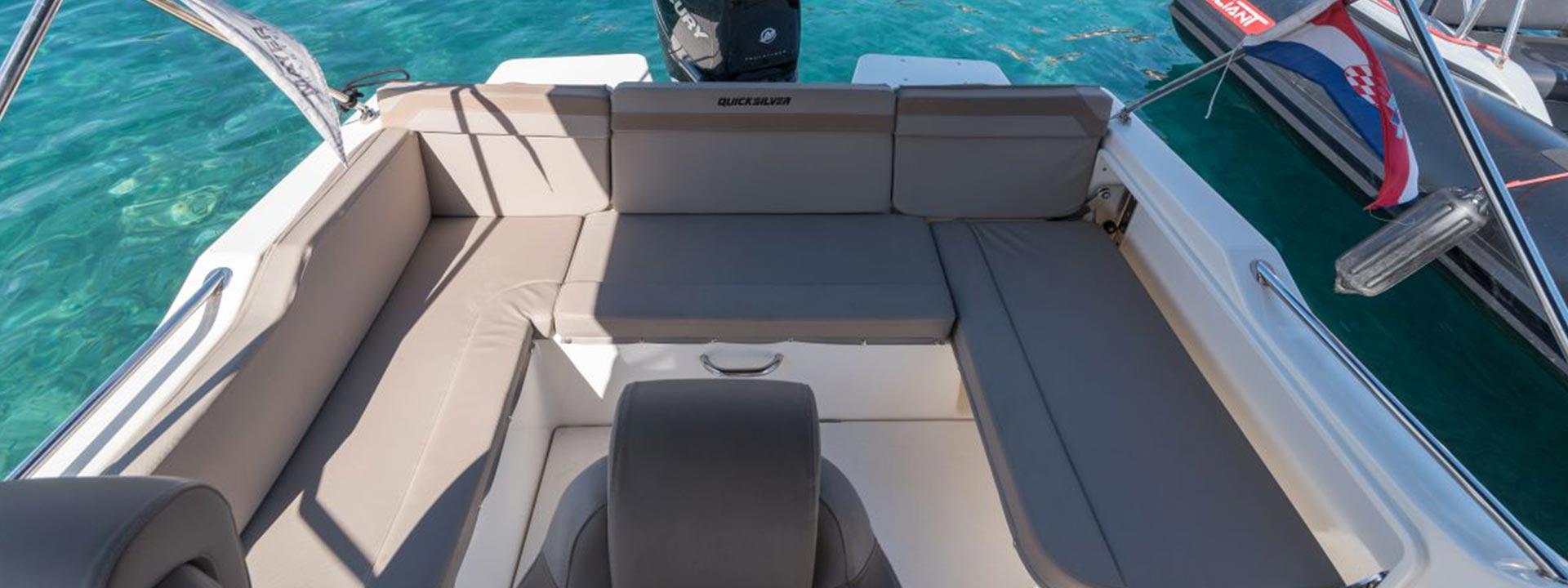 mayer-charter-boat-header-quicksilver-activ-755-sundeck-05